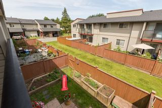 "Photo 11: 62 27456 32ND Avenue in Langley: Aldergrove Langley Townhouse for sale in ""Cedar Park Estates"" : MLS®# R2174318"