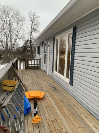 Photo 17: 14 Windemere Drive in Westmount: 201-Sydney Residential for sale (Cape Breton)  : MLS®# 202103098