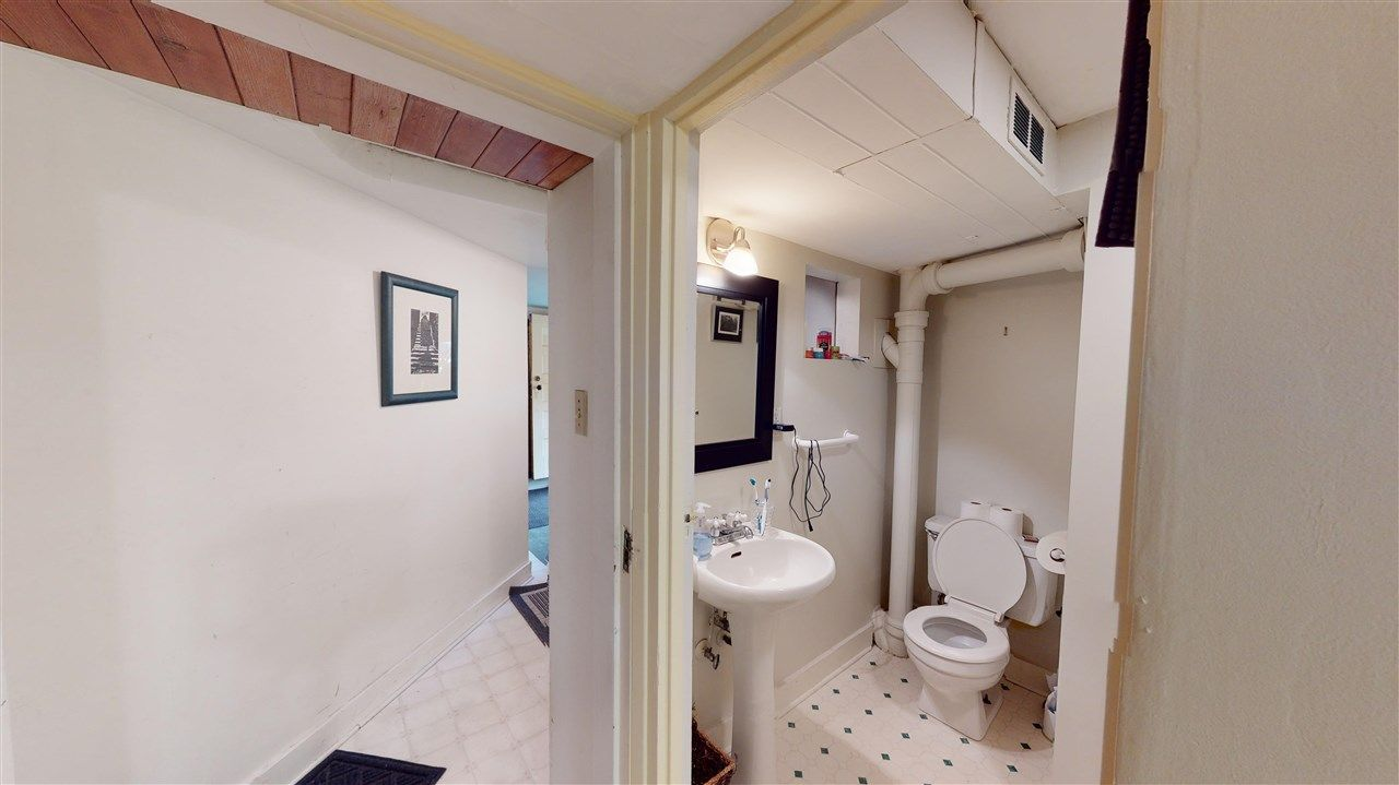 Photo 27: Photos: 2521 KITCHENER Street in Vancouver: Renfrew VE House for sale (Vancouver East)  : MLS®# R2573364