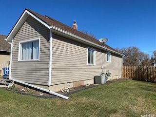 Photo 36: 825 2nd Avenue in Raymore: Residential for sale : MLS®# SK841222