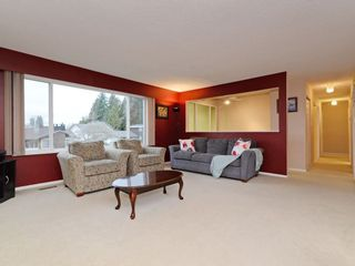 Photo 1: 2260 JORDAN Drive in Burnaby: Parkcrest House for sale (Burnaby North)  : MLS®# R2245529