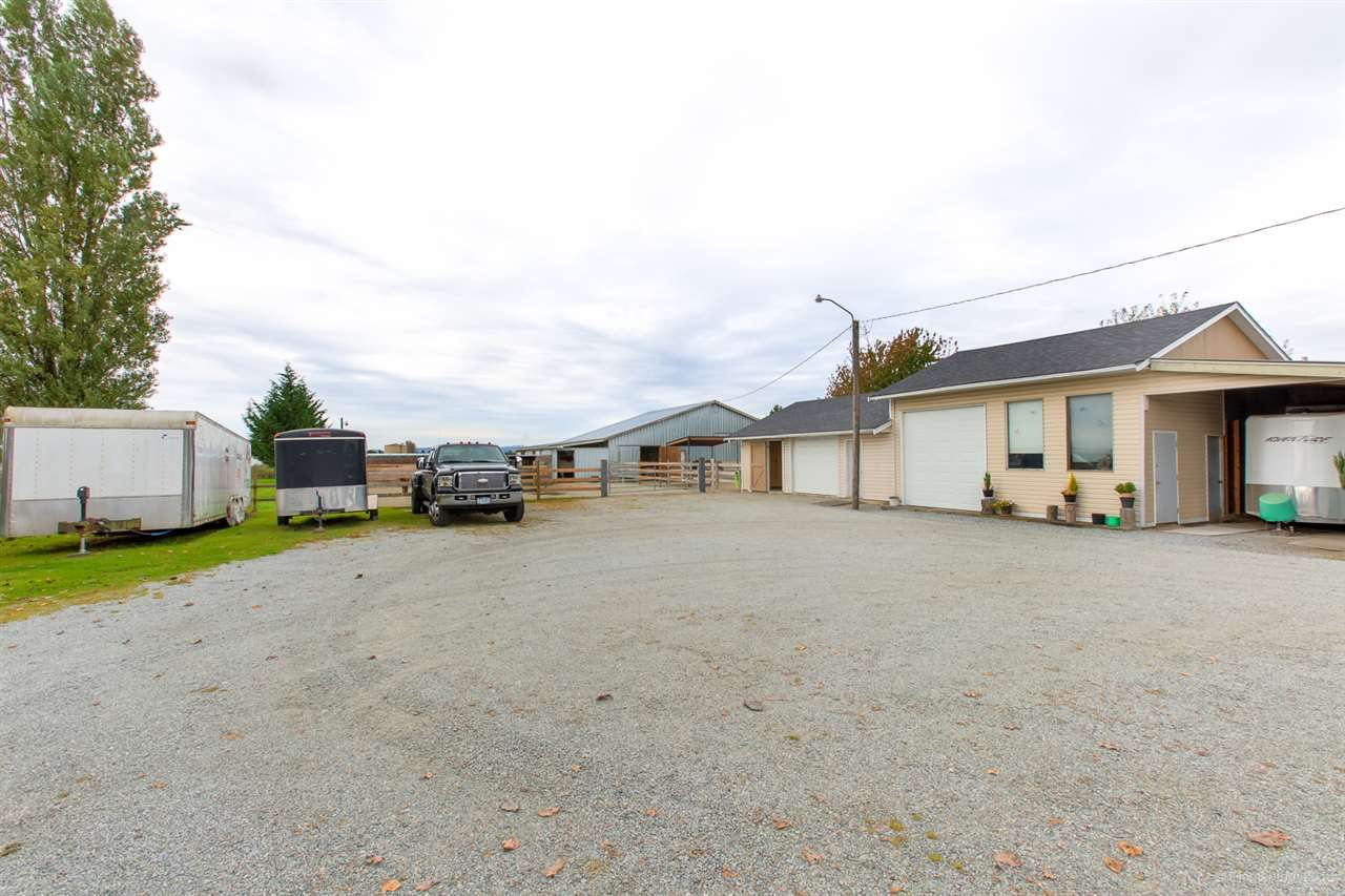 Photo 3: Photos: 13479 SHARPE Road in Pitt Meadows: North Meadows PI House for sale : MLS®# R2420820