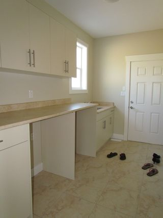 Photo 18: 2337 CHARDONNAY LANE in ABBOTSFORD: House for rent