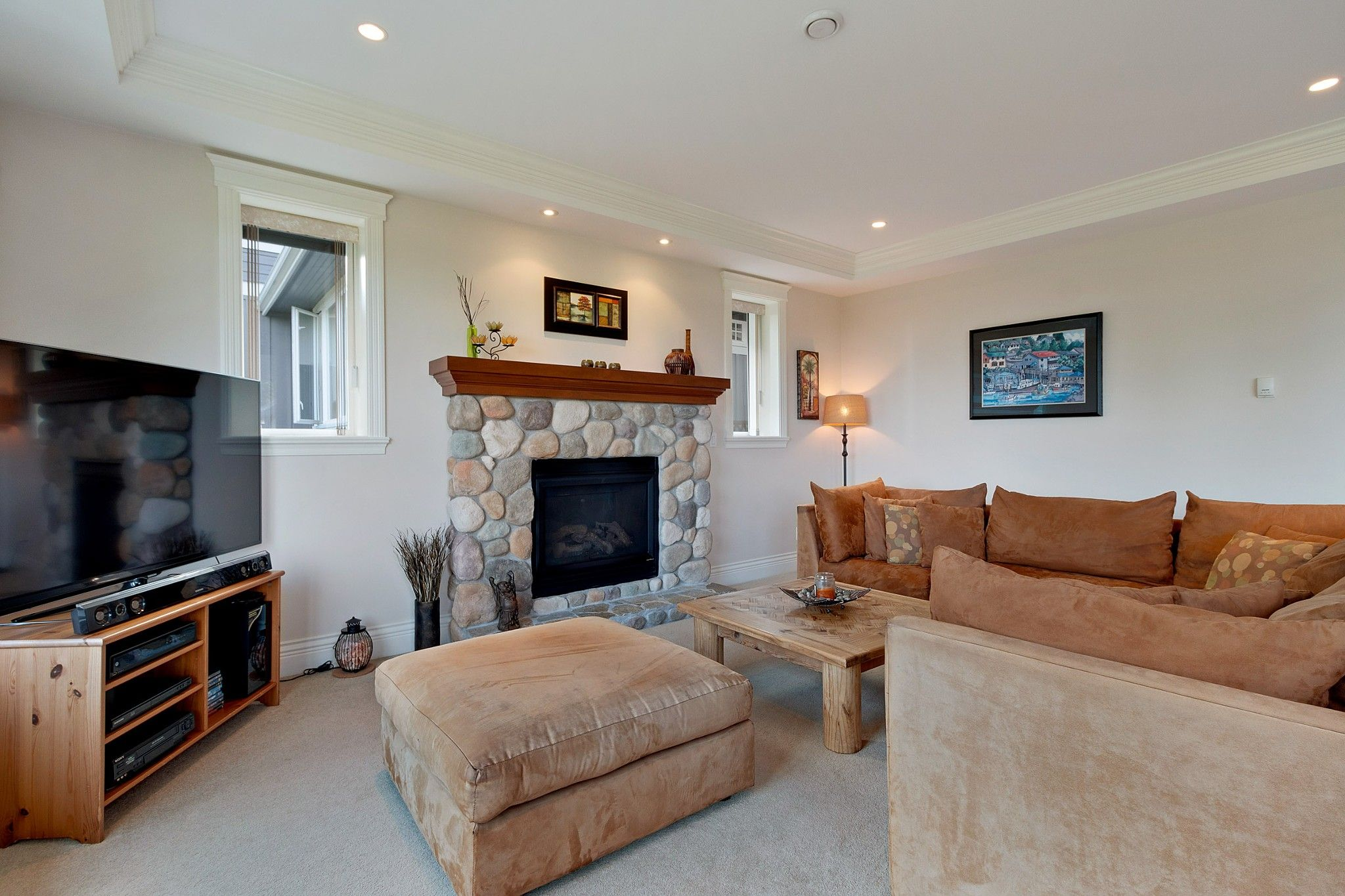 Photo 10: Photos: 1237 DYCK Road in North Vancouver: Lynn Valley House for sale : MLS®# R2374868