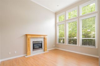 Photo 3: 2077 BERKSHIRE CRESCENT in Coquitlam: Westwood Plateau House for sale : MLS®# R2486435