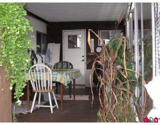 "Photo 2: 22 2035 MARTENS Street in Abbotsford: Poplar Manufactured Home for sale in ""Maplewood Estates"" : MLS®# F2727186"