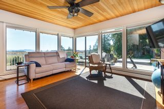 Photo 10: 5895 Old East Rd in : SE Cordova Bay House for sale (Saanich East)  : MLS®# 872081