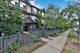 """Photo 3: 64 6123 138 Street in Surrey: Sullivan Station Townhouse for sale in """"Panorama Woods"""" : MLS®# R2608409"""