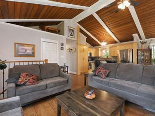 Photo 32: 923 Stellys Cross Rd in : CS Brentwood Bay House for sale (Central Saanich)  : MLS®# 875088