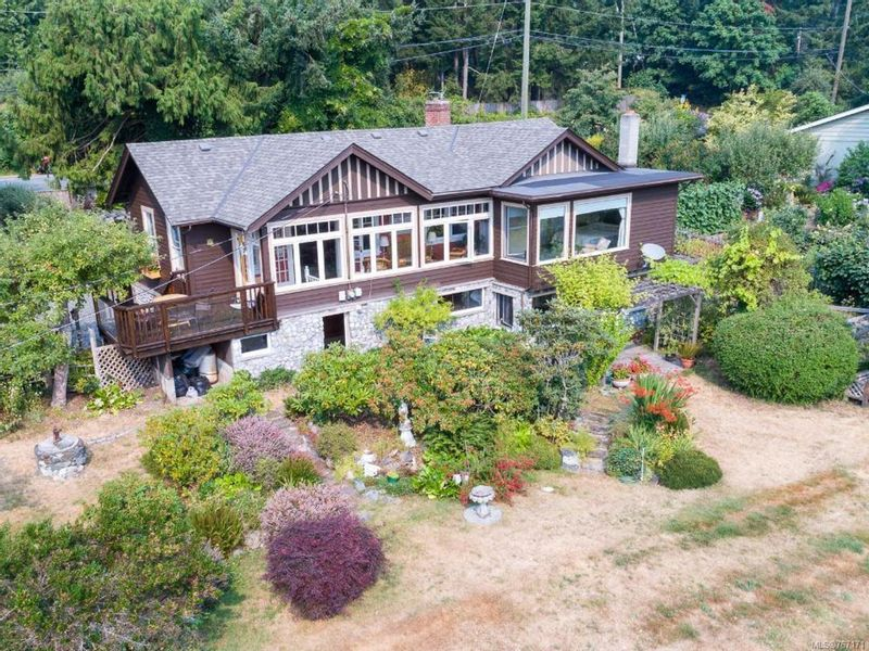 FEATURED LISTING: 1057 MAPLE BAY ROAD DUNCAN