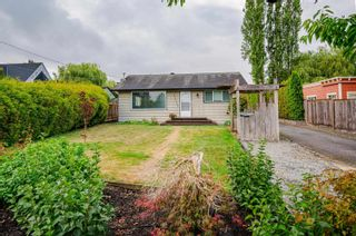 Photo 1: 21520 OLD YALE Road in Langley: Murrayville House for sale : MLS®# R2614171