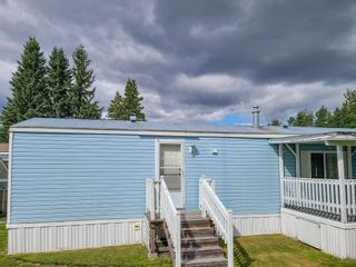 """Photo 5: 17 7817 HIGHWAY 97 S in Prince George: Sintich Manufactured Home for sale in """"Sintich Adult Mobile Home Park"""" (PG City South East (Zone 75))  : MLS®# R2614001"""