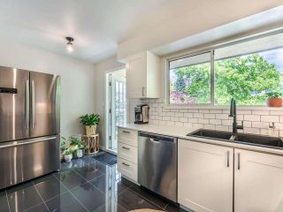 """Photo 7: 305 1009 HOWAY Street in New Westminster: Uptown NW Condo for sale in """"HUNTINGTON WEST"""" : MLS®# R2587896"""