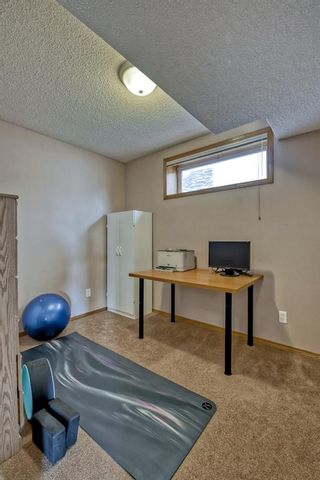 Photo 34: 60 Edgeridge Close NW in Calgary: Edgemont Detached for sale : MLS®# A1112714