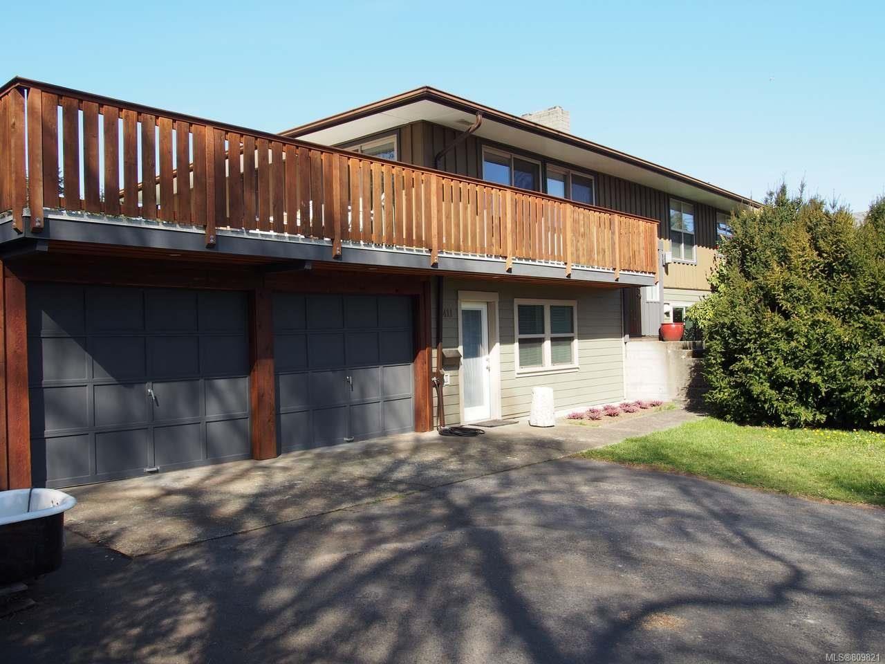 Main Photo: 2411 Glenayr Dr in NANAIMO: Na Departure Bay House for sale (Nanaimo)  : MLS®# 809821