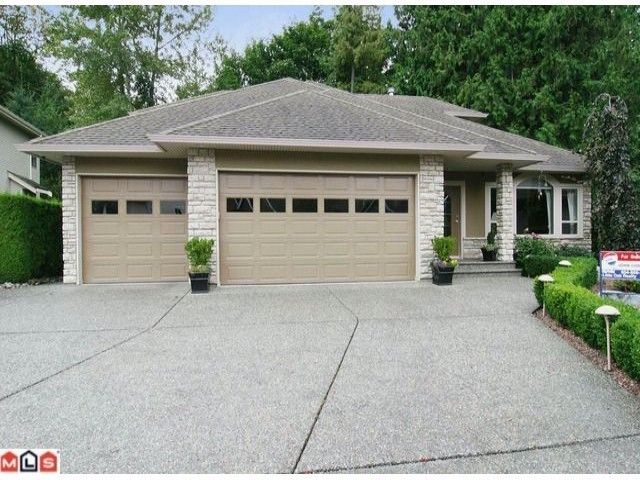 """Main Photo: 35702 ST ANDREWS Court in Abbotsford: Abbotsford East House for sale in """"LEDGEVIEW ESTATES"""" : MLS®# F1224484"""