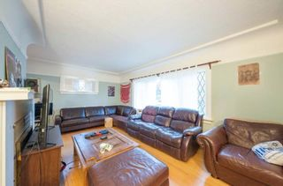 Photo 3: 3296 W 37TH Avenue in Vancouver: Kerrisdale House for sale (Vancouver West)  : MLS®# R2592694