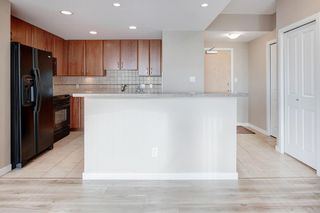 Photo 9: 2502 1078 6 Avenue SW in Calgary: Downtown West End Apartment for sale : MLS®# A1064133