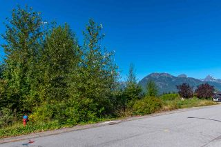 """Photo 3: 2013 GLACIER HEIGHTS Place in Squamish: Garibaldi Highlands Land for sale in """"Garibaldi Highlands"""" : MLS®# R2557068"""