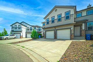 Photo 2: 31 Everridge Villas in Calgary: Evergreen Semi Detached for sale : MLS®# A1131489