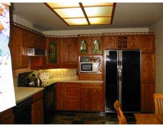 "Photo 5: 2202 9280 SALISH CT in Burnaby: Sullivan Heights Condo for sale in ""EDGEWOOD"" (Burnaby North)  : MLS®# V544747"