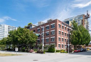 """Photo 17: 212 388 W 1ST Avenue in Vancouver: False Creek Condo for sale in """"The Exchange"""" (Vancouver West)  : MLS®# R2478234"""