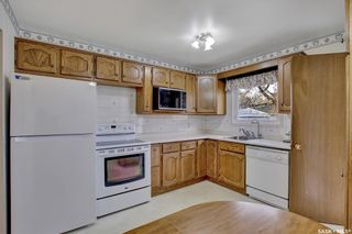 Photo 7: 636 Sneddon Street in Regina: Mount Royal RG Residential for sale : MLS®# SK852647