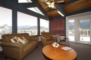 """Photo 18: 212 1203 PEMBERTON Avenue in Squamish: Downtown SQ Condo for sale in """"EAGLE GROVE"""" : MLS®# R2363138"""