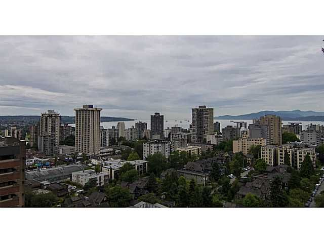 """Main Photo: 2102 1075 COMOX Street in Vancouver: West End VW Condo for sale in """"THE HERITAGE"""" (Vancouver West)  : MLS®# V1072569"""