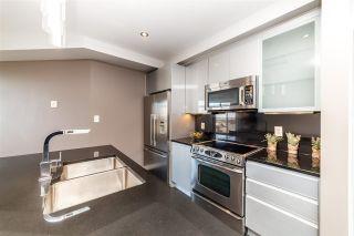 Photo 10: 906 10388 105 Street in Edmonton: Zone 12 Condo for sale : MLS®# E4243518