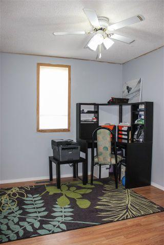 Photo 10: 5104 53 Avenue: Cold Lake Manufactured Home for sale : MLS®# E4164375