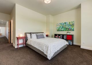 Photo 20: 3322 41 Street SW in Calgary: Glenbrook Detached for sale : MLS®# A1122385