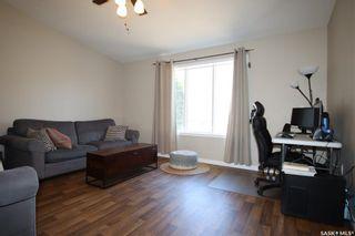 Photo 6: 202 Lochrie Crescent in Saskatoon: Fairhaven Residential for sale : MLS®# SK850647