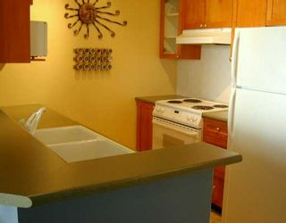 """Photo 4: 1906 6837 STATION HILL DR in Burnaby: South Slope Condo for sale in """"THE CLADIDGES"""" (Burnaby South)  : MLS®# V592210"""