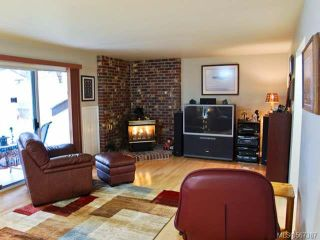 Photo 3: 1255 MALAHAT DRIVE in COURTENAY: Z2 Courtenay East House for sale (Zone 2 - Comox Valley)  : MLS®# 567387