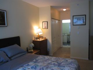 """Photo 7: 107 12148 224 Street in Maple Ridge: East Central Condo for sale in """"PANORAMA"""" : MLS®# R2153257"""
