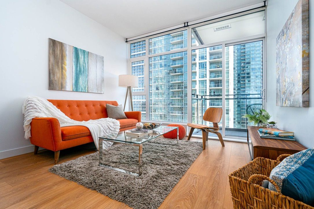 """Main Photo: 1708 6098 STATION Street in Burnaby: Metrotown Condo for sale in """"STATION SQUARE"""" (Burnaby South)  : MLS®# R2601088"""