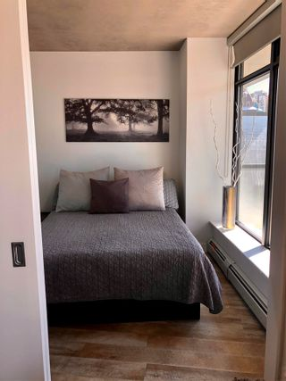 """Photo 17: 1406 108 W CORDOVA Street in Vancouver: Downtown VW Condo for sale in """"WOODWARDS W-32"""" (Vancouver West)  : MLS®# R2578411"""