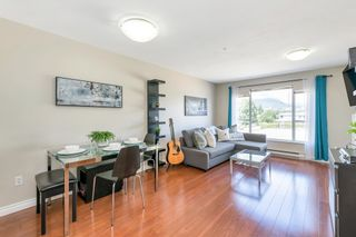 """Photo 11: 305 2285 PITT RIVER Road in Port Coquitlam: Central Pt Coquitlam Condo for sale in """"SHAUGHNESSY MANOR"""" : MLS®# R2604746"""