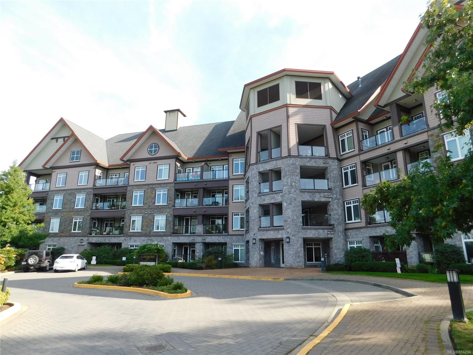 Main Photo: 407 1395 Bear Mountain Pkwy in : La Bear Mountain Condo for sale (Langford)  : MLS®# 856294