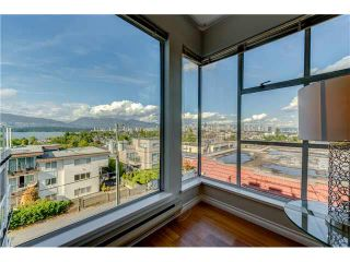 "Photo 5: PH22 2175 W 3RD Avenue in Vancouver: Kitsilano Condo for sale in ""SEA BREEZE"" (Vancouver West)  : MLS®# V1140855"