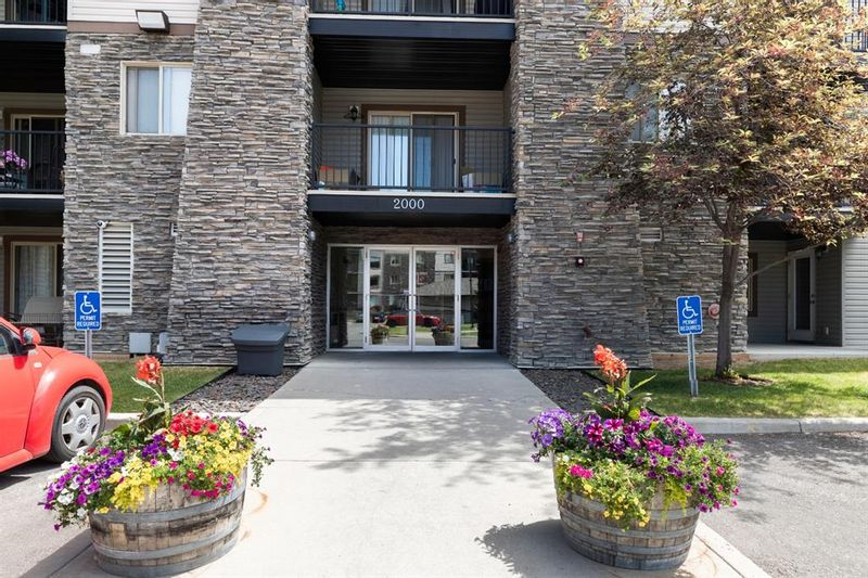 FEATURED LISTING: 2439 - 8 Bridlecrest Drive Southwest Calgary