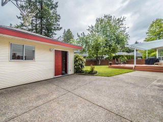 """Photo 32: 3394 198A Street in Langley: Brookswood Langley House for sale in """"Meadowbrook"""" : MLS®# R2586266"""
