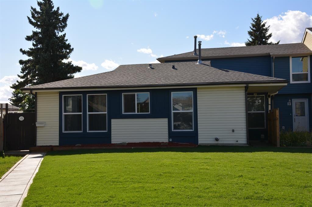 Main Photo: 172 Abergale Close NE in Calgary: Abbeydale Row/Townhouse for sale : MLS®# A1151521