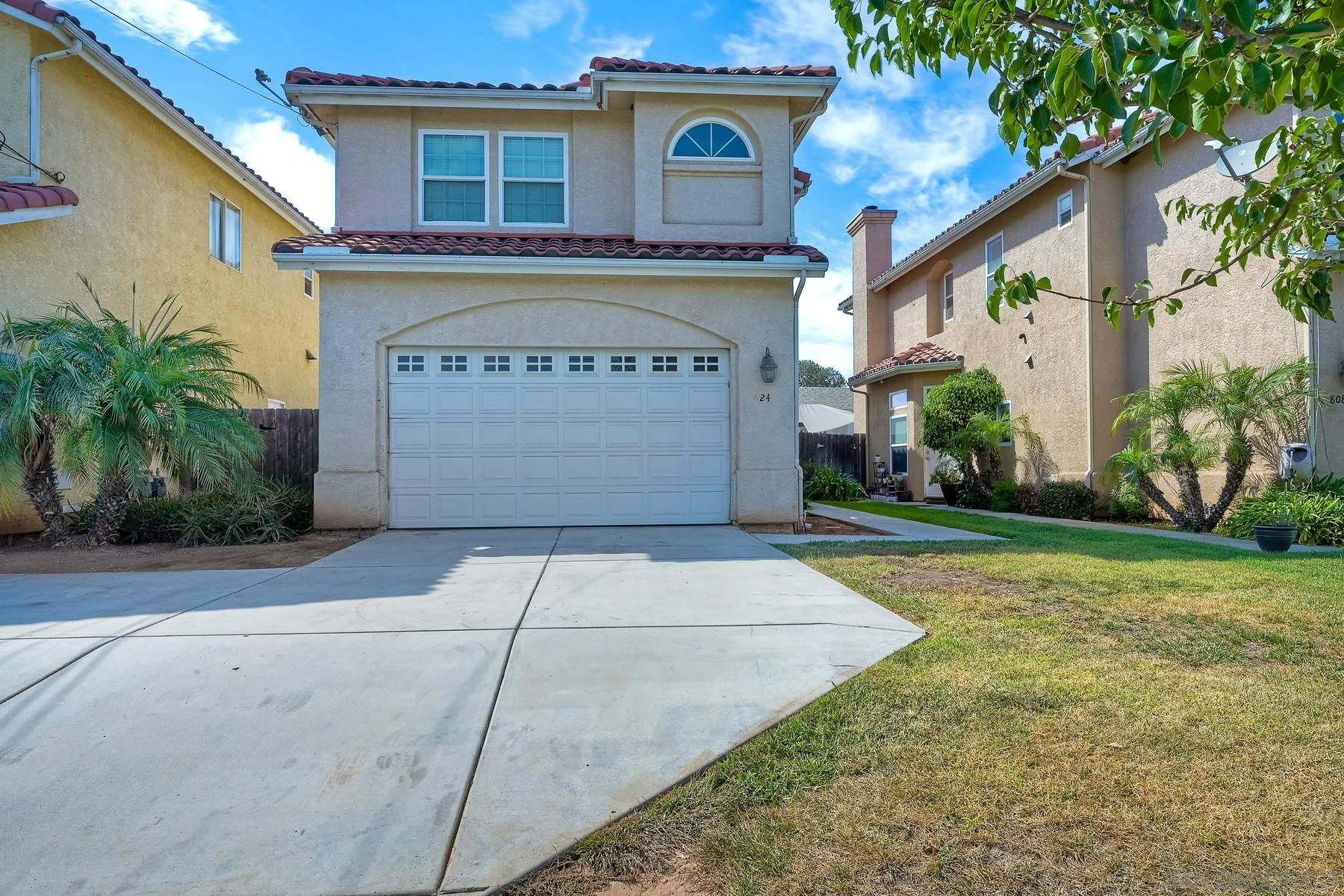Main Photo: SAN DIEGO House for sale : 4 bedrooms : 824 18Th St