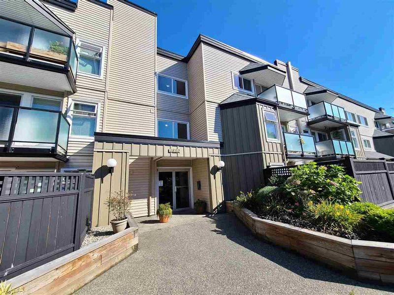 FEATURED LISTING: 116 - 1850 SOUTHMERE Crescent East Surrey