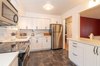 Photo 4: 784 APPLEYARD Court in Port Moody: North Shore Pt Moody House for sale : MLS®# R2541505
