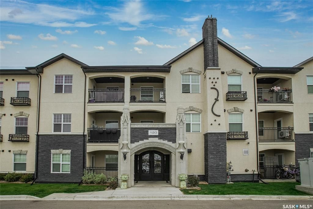 Main Photo: 201 120 Phelps Way in Saskatoon: Rosewood Residential for sale : MLS®# SK873617