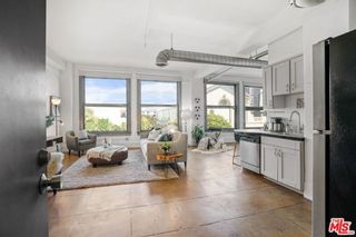 Photo 2: 108 W 2nd Street Unit 303 in Los Angeles: Residential for sale (C42 - Downtown L.A.)  : MLS®# 21783110