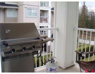 """Photo 7: 207 19340 65TH Avenue in Surrey: Clayton Condo for sale in """"Esprit at Southlands"""" (Cloverdale)  : MLS®# F2803383"""